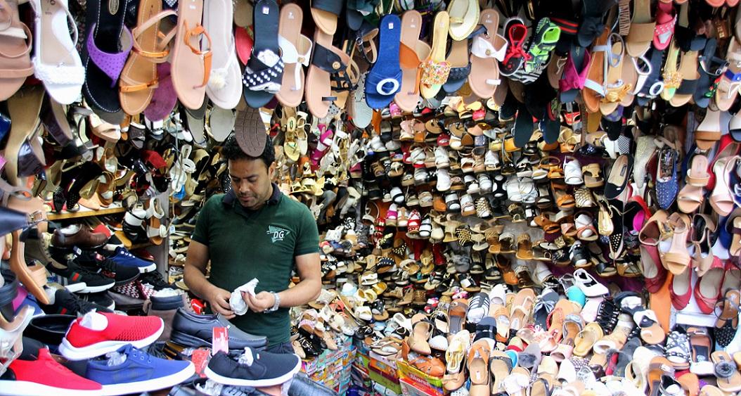 Schuhgeschäft Indien Bild